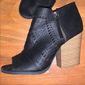 Maurices high heel shoes